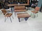 机械臂包咖啡木椅