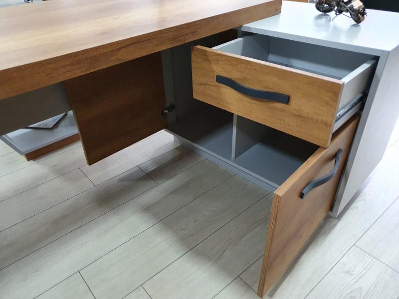 Office Desk Set - Space