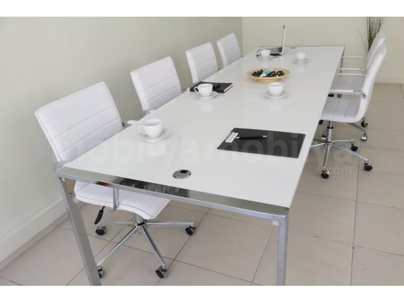 Big Apple Meeting Table